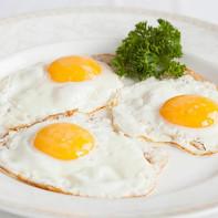 Фото жареных яиц
