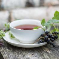 Фото чая из листьев смородины