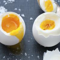 Фото яиц всмятку 2