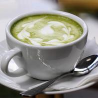 Фото зеленого чая с молоком 4