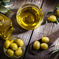 Фото оливкового масла