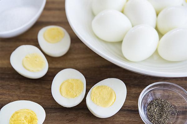 Какие куриные яйца полезнее