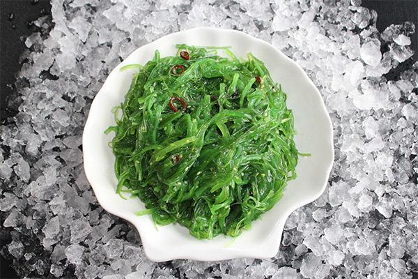 Польза и вред салата чука