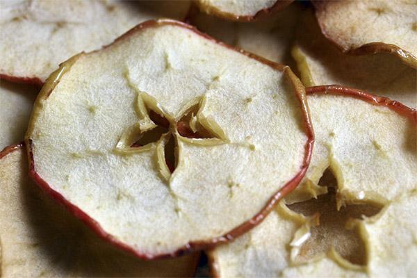 Сушеные яблоки в медицине