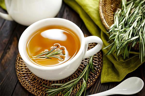 Чем полезен чай с розмарином