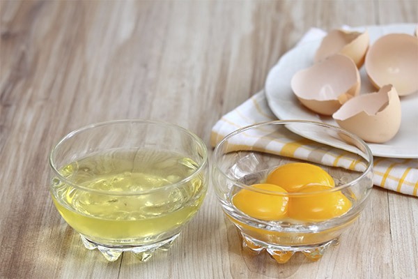 Как отделить белок от желтка в сыром яйце