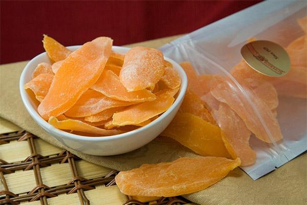 Как выбрать и хранить сушеное манго