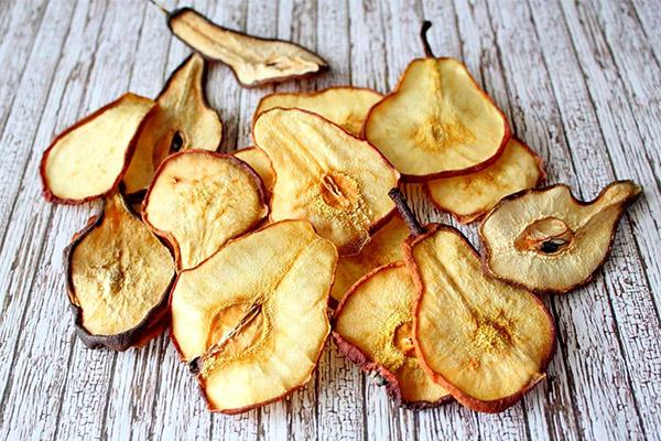 Польза и вред сушеных груш