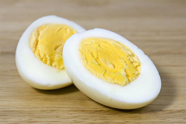 Вред и противопоказания вареных яиц