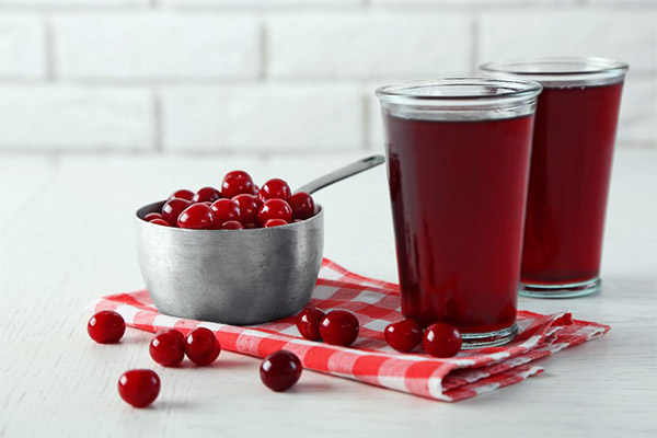 Вред и противопоказания вишневого сока