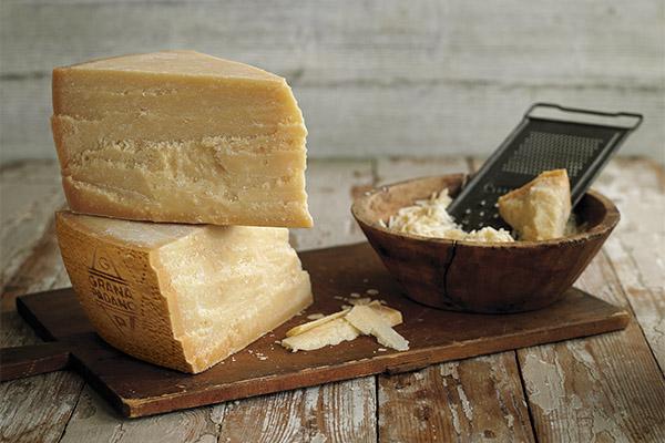 Чем полезен сыр пармезан
