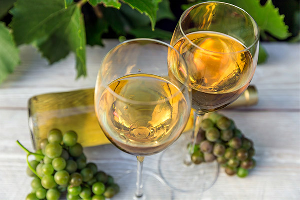 Чем полезно белое вино