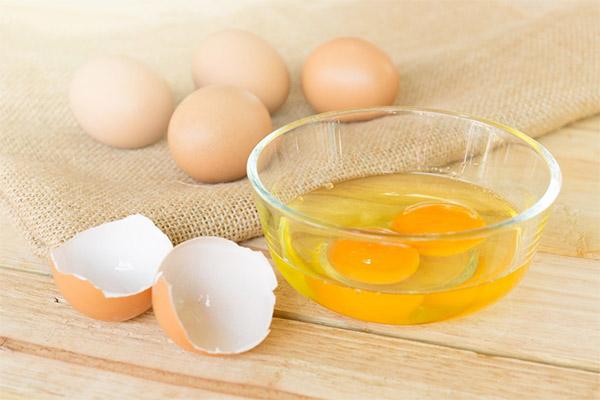 Чем полезны куриные сырые яйца
