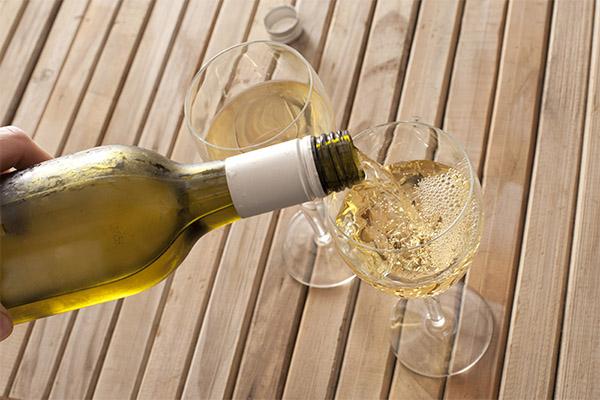 Как правильно пить белое вино