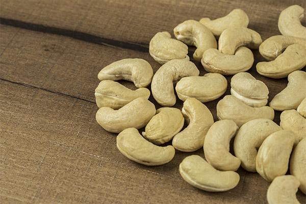 Как выбрать и хранить орехи кешью