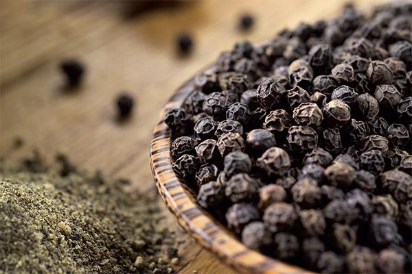 Применение черного перца горошком в кулинарии