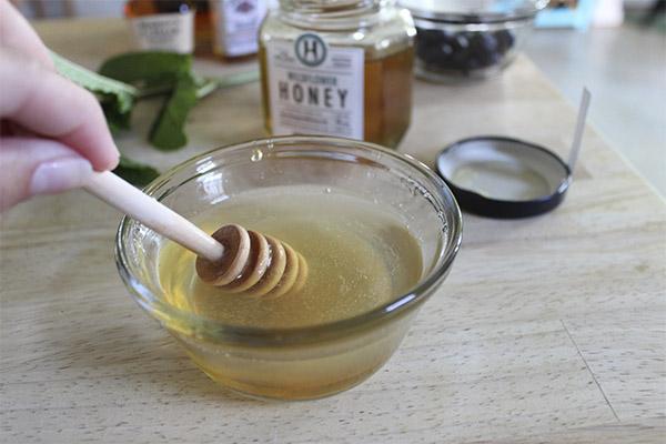 Применение медовой воды в косметологии