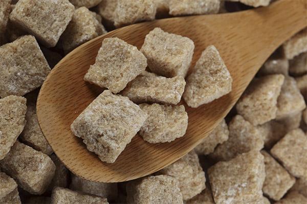 Как выбрать и хранить тростниковый сахар