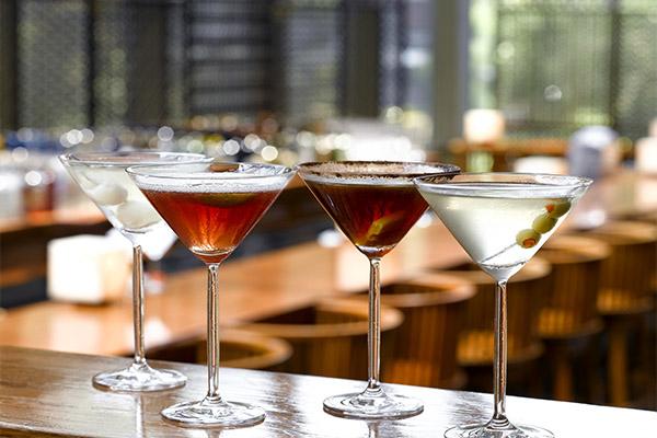 Коктейли с мартини