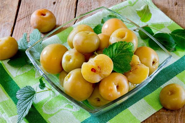 Как сделать моченые яблоки