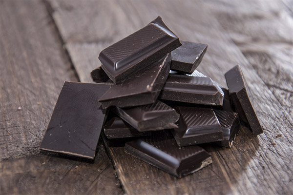 Можно ли при похудении есть горький шоколад