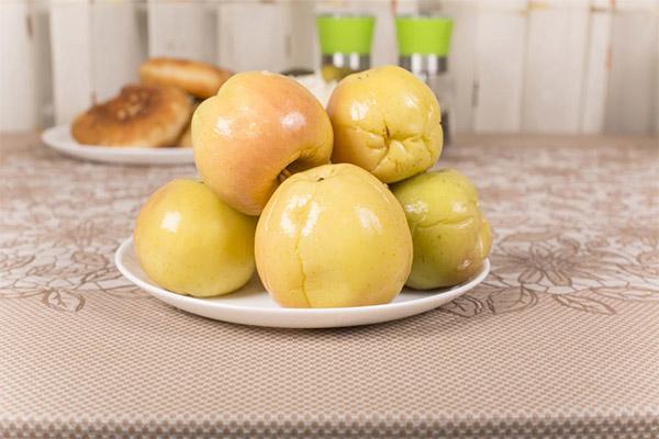 Вред и противопоказания моченых яблок