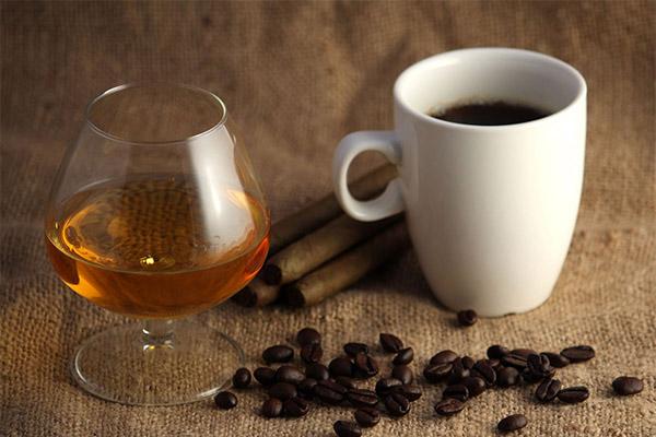 Полезно ли пить кофе с коньяком