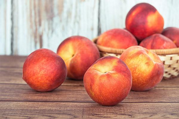 Какие фрукты можно, а какие нельзя употреблять при геморрое