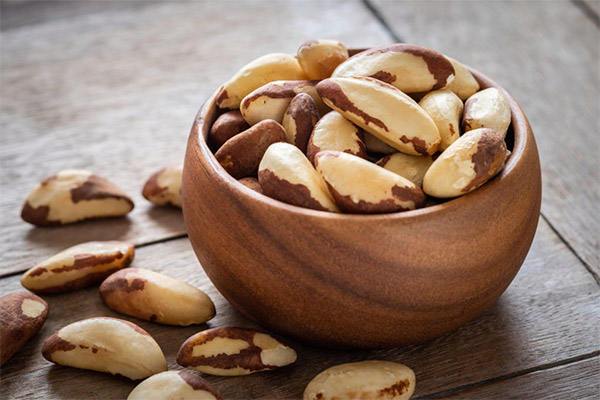 Какие орехи можно, а какие нельзя употреблять при панкреатите