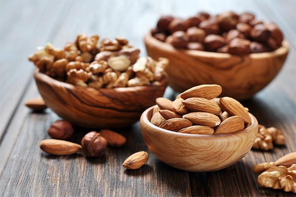 Какие орехи полезны для зрения