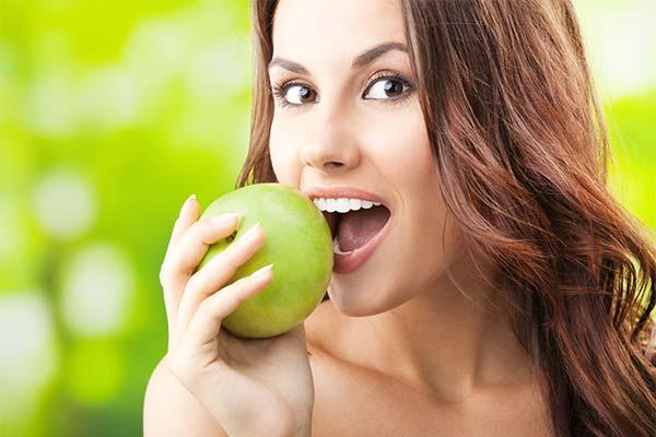 Яблоки при грудном вскармливании
