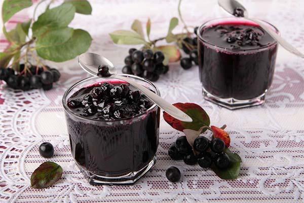 Как сварить варенье из черноплодной рябины
