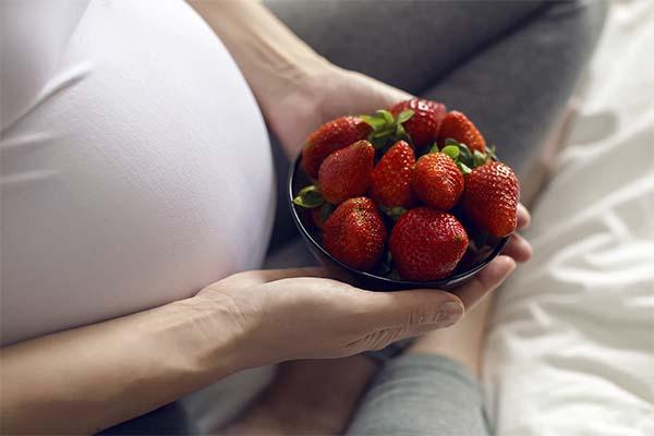 Клубника при беременности