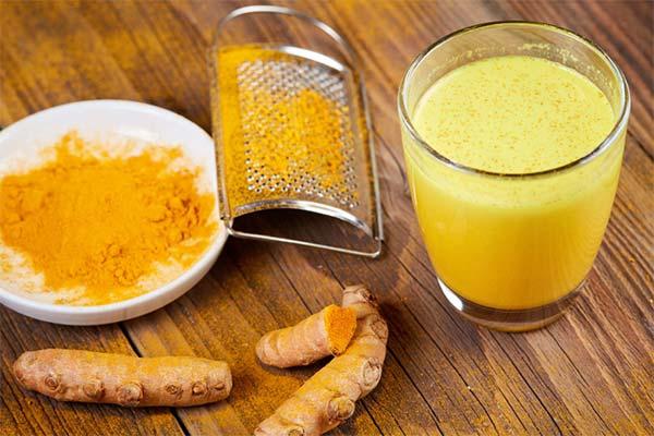 Польза и вред золотого молока с куркумой